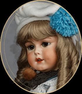スリーピングアイSE05アートギャラリーライフが管理しているビスクドールのうち、えくぼが可愛らしいジゼラのヘッドモールドを使用した仕掛け人形をご紹介いたします。